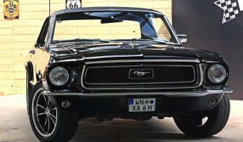 Ford Mustang Coupe 1968 schwarz voll