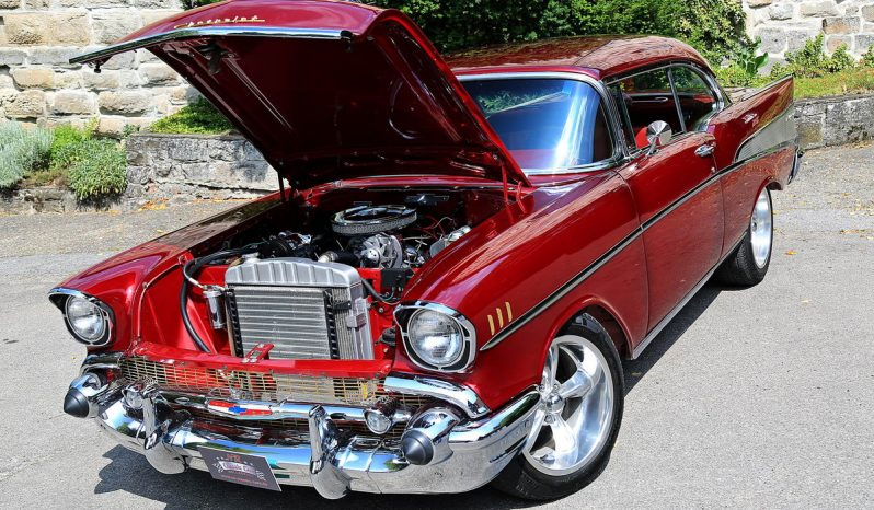 Chevrolet Bel Air 1957 rot voll