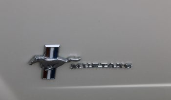 Ford Mustang 1965 weiß voll