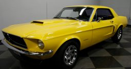 Ford Mustang 1967 gelb