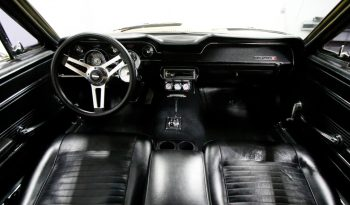Ford Mustang 1967 gelb voll