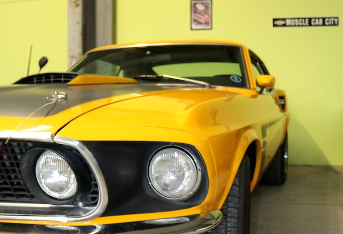 Ford Mustang 1969 Fastback Mach 1 gelb voll