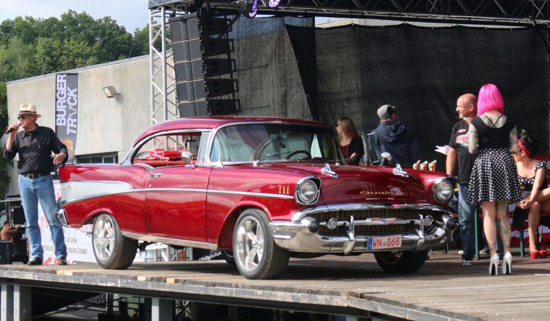Chevrolet Bel Air 1957 rot voll