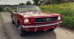 Ford Mustang Cabrio 1965 rot