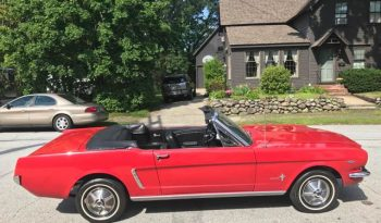 Ford Mustang Cabrio 1965 rot voll