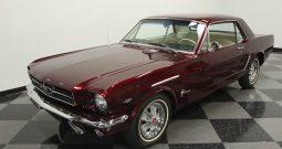 Ford Mustang 1965 Rubinrot
