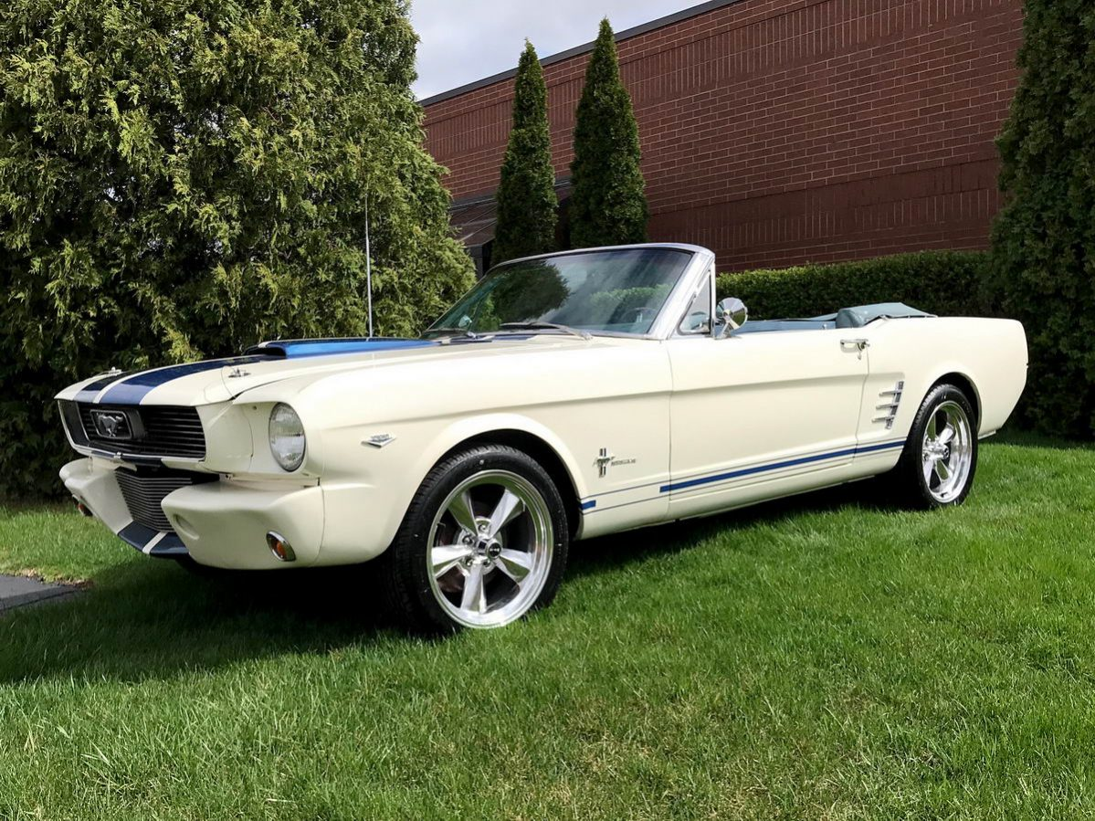 ford mustang cabrio 1966 wei shelby bullit optik nr. Black Bedroom Furniture Sets. Home Design Ideas