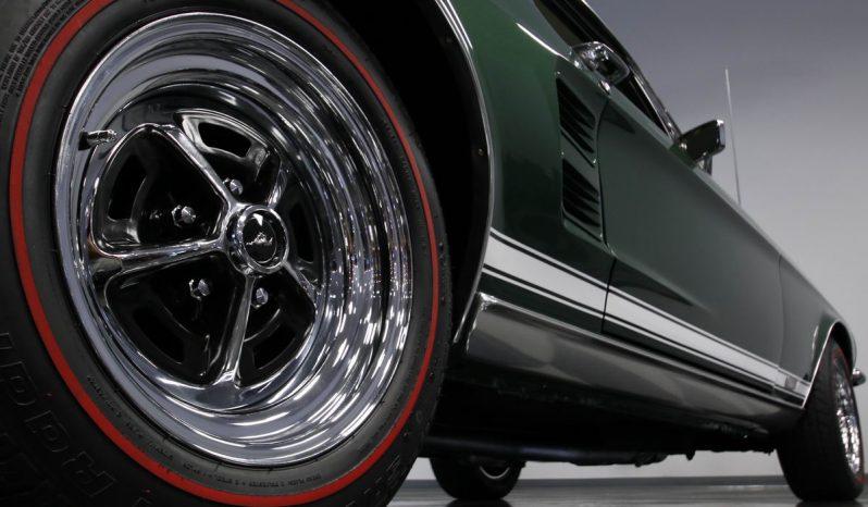 Ford Mustang GTA Fastback BJ 1967 gruen-weiss voll
