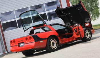 Chevrolet Corvette C4 BJ 1984 Targa Rot full