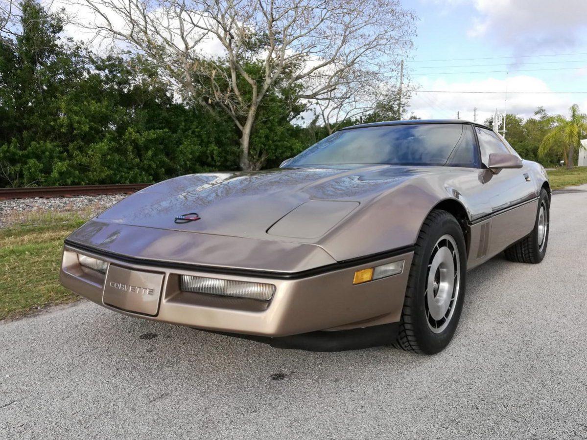 Chevrolet Corvette C4 Bj 1985 Targa Gold Nr Classic Car Collection Stuttgart