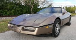Chevrolet Corvette C4 BJ 1985 Targa Gold