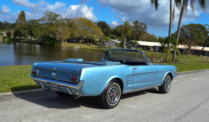 ford mustang cabrio bj 1966 rally pac blau nr classic. Black Bedroom Furniture Sets. Home Design Ideas