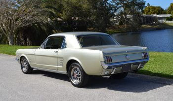 Ford Mustang Coupe BJ 1966 Silber voll