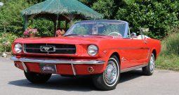 Ford Mustang Cabrio BJ 1965 aussen Rot innen Beige
