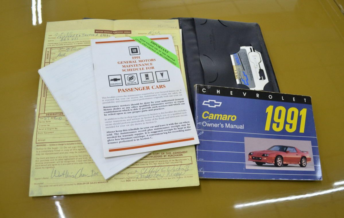 Chevrolet Camaro Cabrio Bj 1991 Rot Nr Classic Car Collection 1978 Brochure Voll