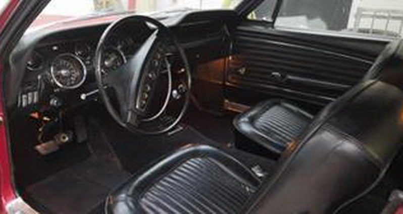 Ford Mustang 390 GT, BJ 1968 Rot voll