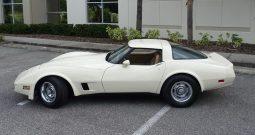 Chevrolet Corvette C3 BJ 1981 beige