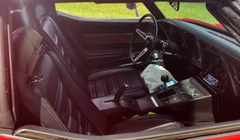 Chevrolet Corvette C3 Stingray BJ 1973 rot/schwarz voll