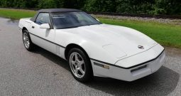 Chevrolet Corvette C4 Cabrio Baujahr 1987 weiss