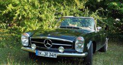 Mercedes-Benz W113 SL280 Pagode