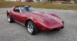 1975 Chevrolet Corvette C3 rot
