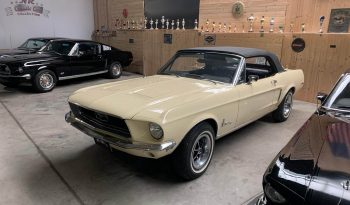 1968 Ford Mustang Convertible Meadolark Yellow voll