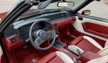 1989 Ford Mustang GT Cabrio Dunkelrot voll