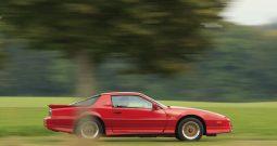 Pontiac Firebird Trans Am GTA, Rot BJ 1987