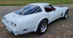 1978 Chevrolet Corvette C3 Weiß/Rot