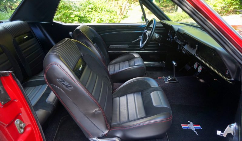 1966 Ford Mustang Rot voll